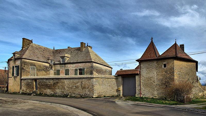 Photo du Monument Historique Château de Bartherans situé à Bartherans