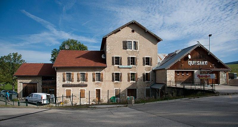 Photo du Monument Historique Usine communale situé à Métabief