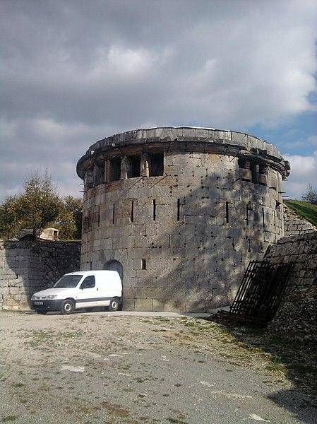 Photo du Monument Historique Lunette de Trois-Châtels situé à Besançon