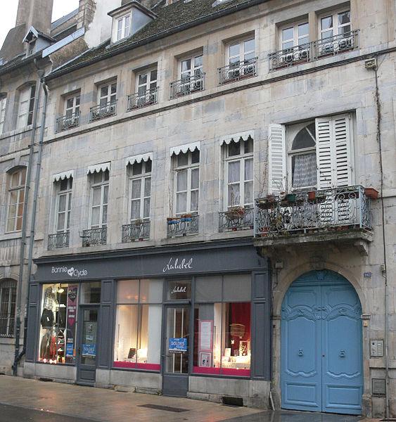 Photo du Monument Historique Hôtel de Buyer situé à Besançon