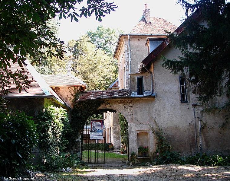 Photo du Monument Historique Maison dite La Grange Huguenet situé à Besançon