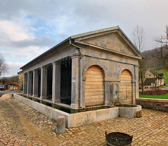 Photo du Monument Historique Lavoir situé à Cussey-sur-Lison
