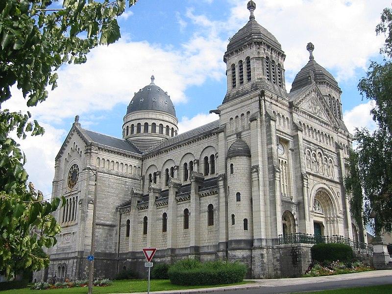 Photo du Monument Historique Basilique Saint-Ferréol et Saint-Ferjeux situé à Besançon