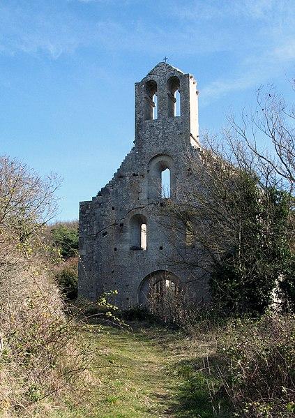Photo du Monument Historique Prieuré (ruines de l'ancien) situé à Aleyrac