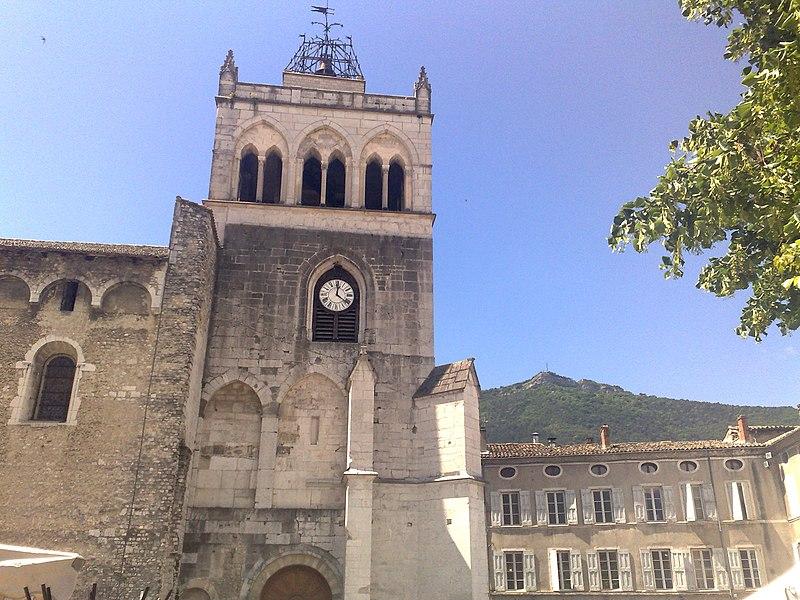 Photo du Monument Historique Ancienne cathédrale, actuellement Eglise Notre-Dame situé à Die