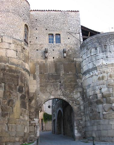 Photo du Monument Historique Porte Saint-Marcel situé à Die