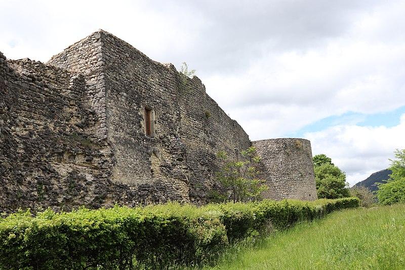 Photo du Monument Historique Remparts situé à Die