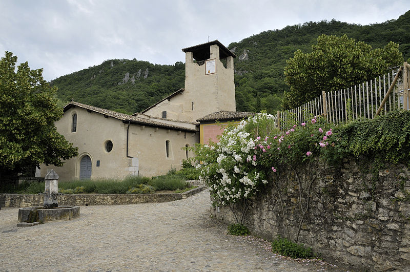 Photo du Monument Historique Eglise Saint-Martin situé à Hostun
