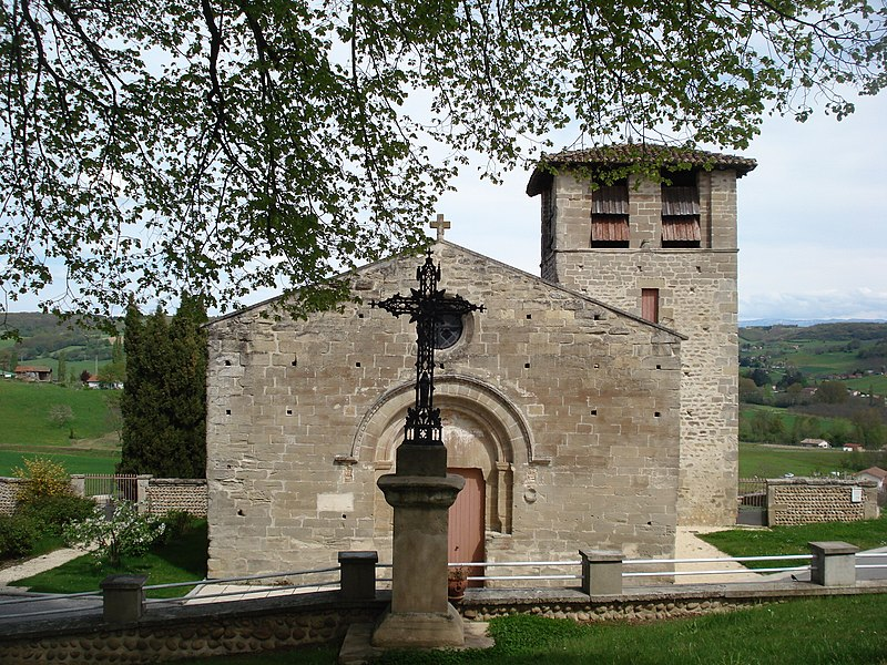Photo du Monument Historique Eglise et son cimetière situé à Miribel