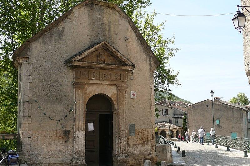 Photo du Monument Historique Chapelle Notre-Dame-du-Pont situé à Mollans-sur-Ouvèze