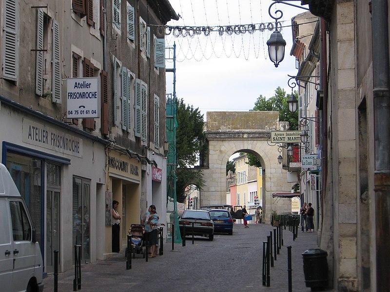 Photo du Monument Historique Porte Saint-Martin situé à Montélimar