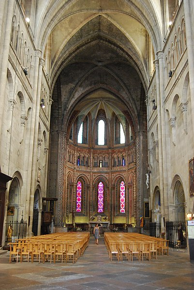 Photo du Monument Historique Eglise Saint-Barnard, ancienne collégiale situé à Romans-sur-Isère