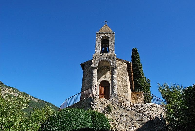 Photo du Monument Historique Eglise et son cimetière situé à Saint-Benoit-en-Diois