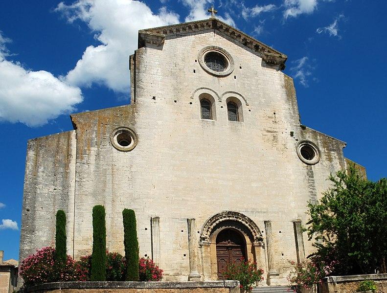 Photo du Monument Historique Ancienne cathédrale, actuellement église paroissiale situé à Saint-Paul-Trois-Châteaux