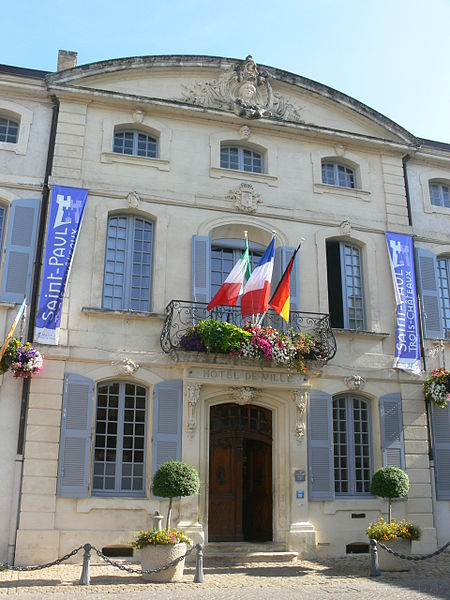 Photo du Monument Historique Hôtel de Castellane situé à Saint-Paul-Trois-Châteaux