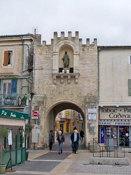 Photo du Monument Historique Porte Notre-Dame situé à Saint-Paul-Trois-Châteaux