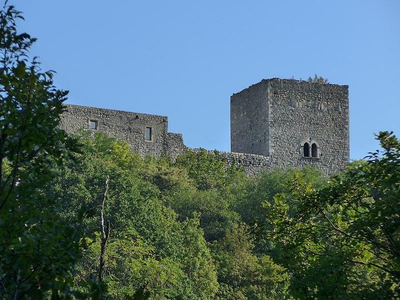 Photo du Monument Historique Château des Tourettes (vestiges) situé à Les Tourrettes