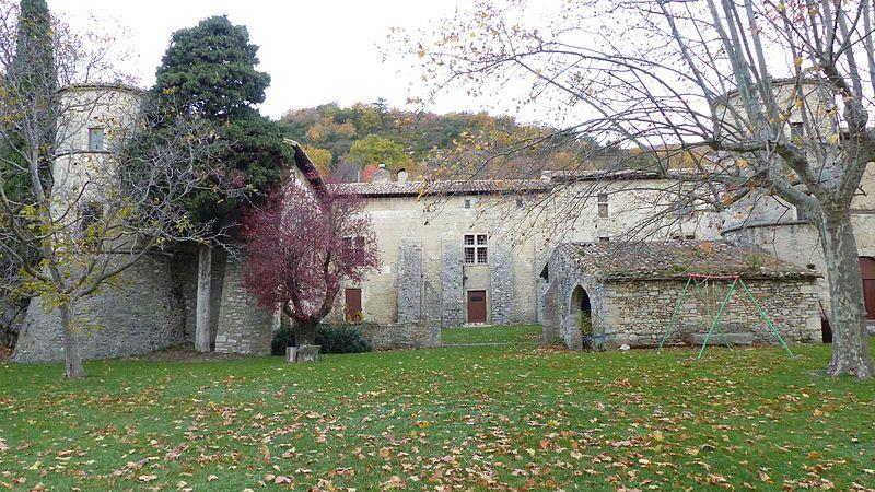 Photo du Monument Historique Château de Saint-Ferréol situé à Pont-de-Barret
