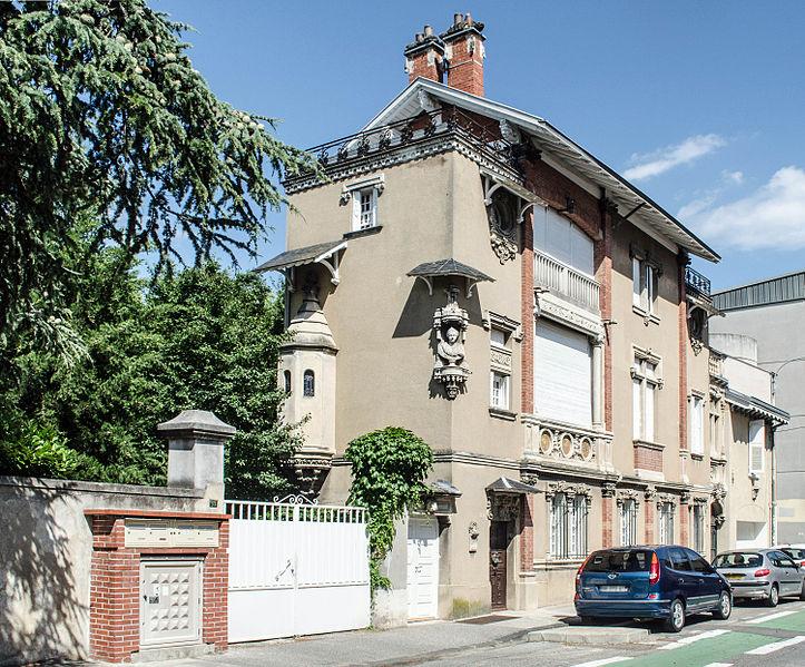 Photo du Monument Historique Ancien clos Genest : villa des Cigales et villa Margot situé à Valence