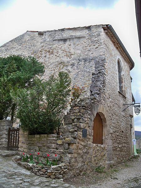 Photo du Monument Historique Ancien temple protestant situé à Le Poët-Laval