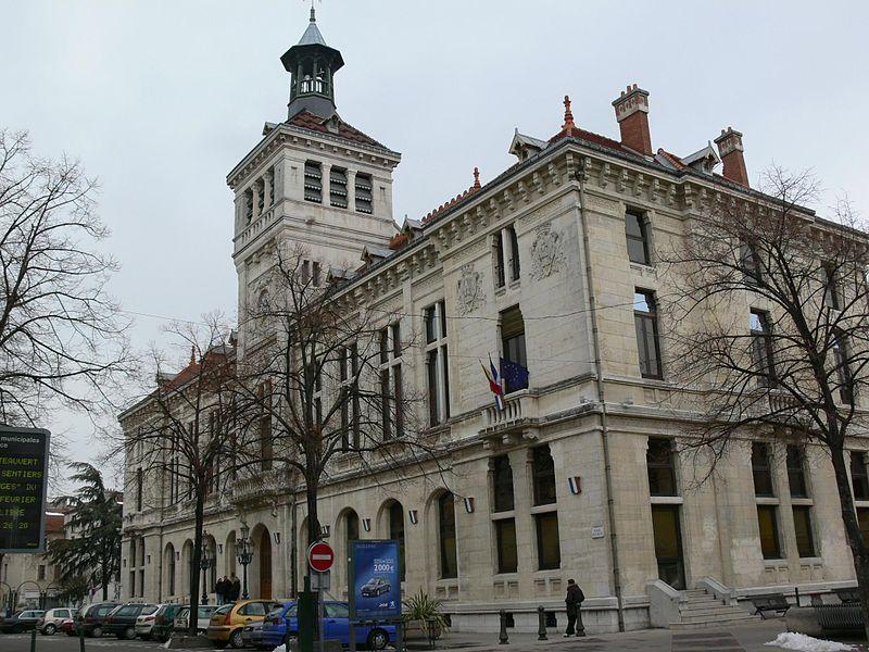 Photo du Monument Historique Hôtel de ville situé à Valence