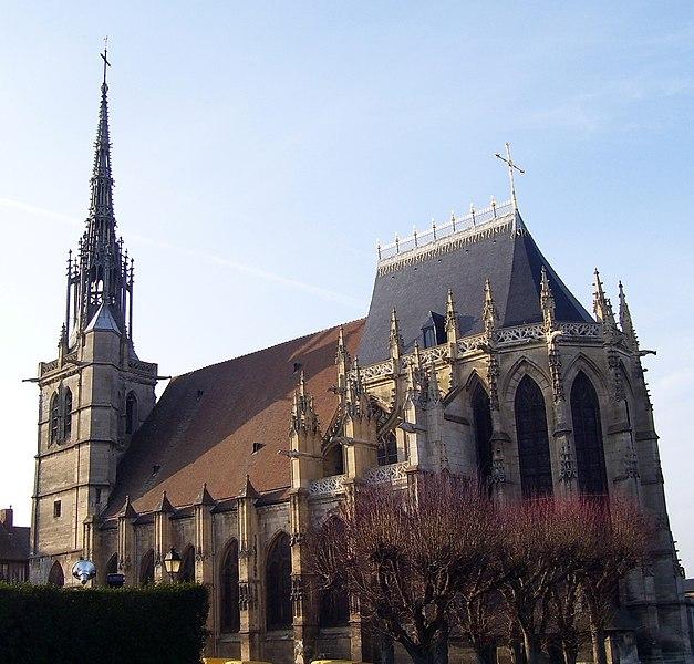 Photo du Monument Historique Eglise Sainte-Foy situé à Conches-en-Ouche