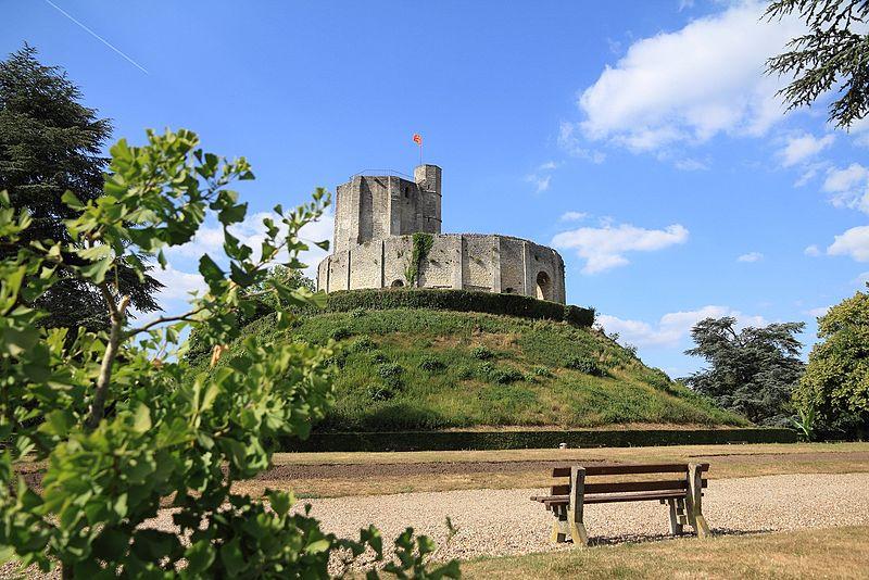 Photo du Monument Historique Restes du château situé à Gisors