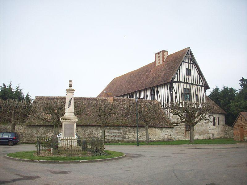 Photo du Monument Historique Ancien manoir de Salverte situé à Heubécourt-Haricourt