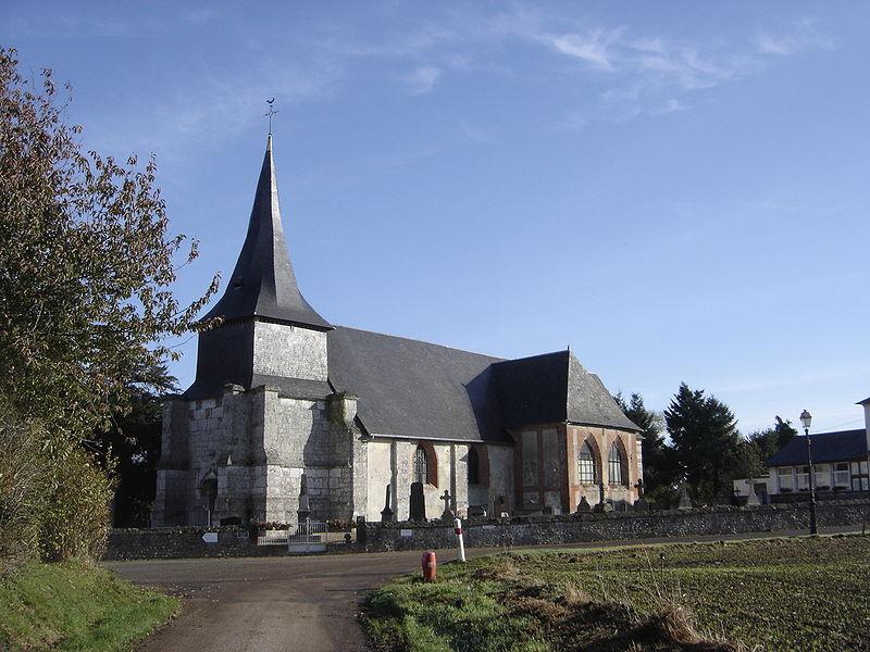 Photo du Monument Historique Eglise Saint-Pierre situé à Martainville