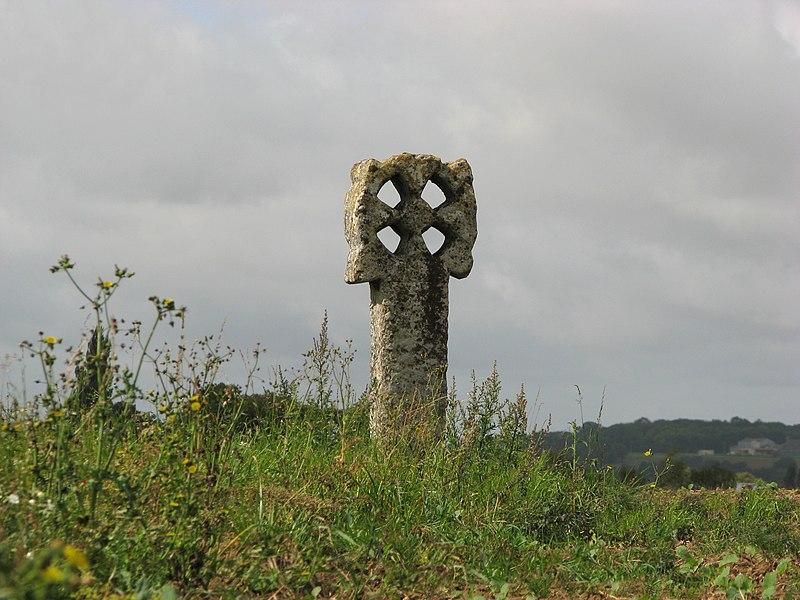 Photo du Monument Historique Croix percée situé à Neaufles-Saint-Martin