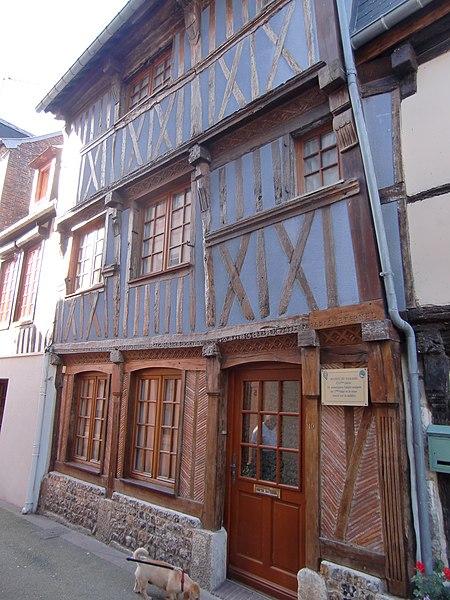 Photo du Monument Historique Maison à pans de bois situé à Quillebeuf-sur-Seine
