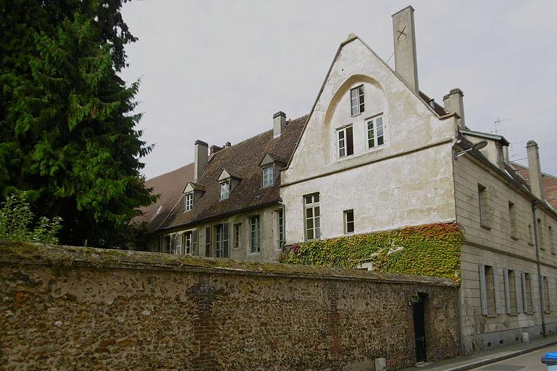 Photo du Monument Historique Ancien couvent des Cordeliers situé à Evreux