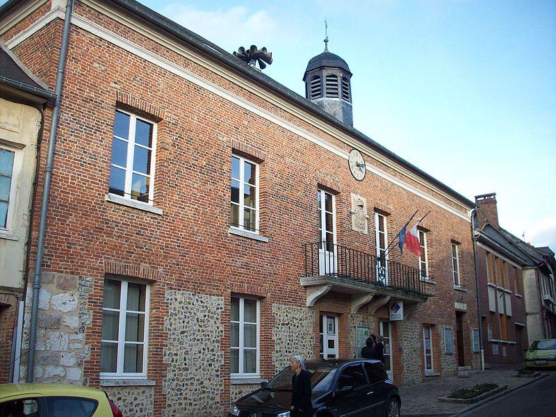 Photo du Monument Historique Ancien bailliage et prison, actuel hôtel de ville situé à Lyons-la-Forêt