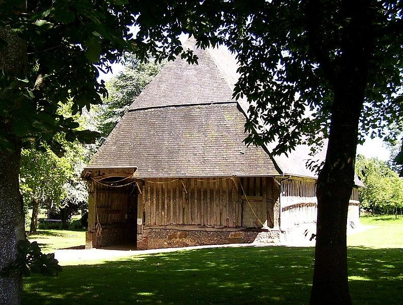 Photo du Monument Historique Grange de la Fortière situé à Epreville-en-Lieuvin