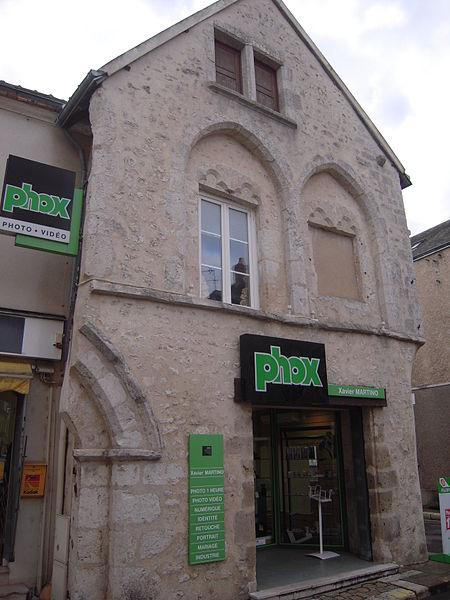 Photo du Monument Historique Maison dite Maison du Dauphin situé à Bonneval