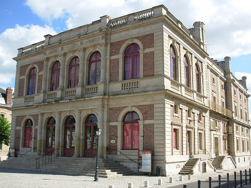 Photo du Monument Historique Théâtre municipal situé à Chartres