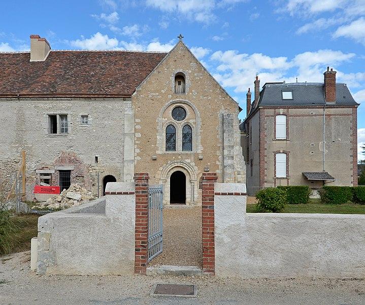 Photo du Monument Historique Ancien prieuré de Notre-Dame d'Yron situé à Cloyes-sur-le-Loir