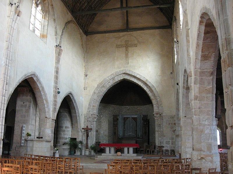 Photo du Monument Historique Eglise Saint-Pierre situé à Epernon