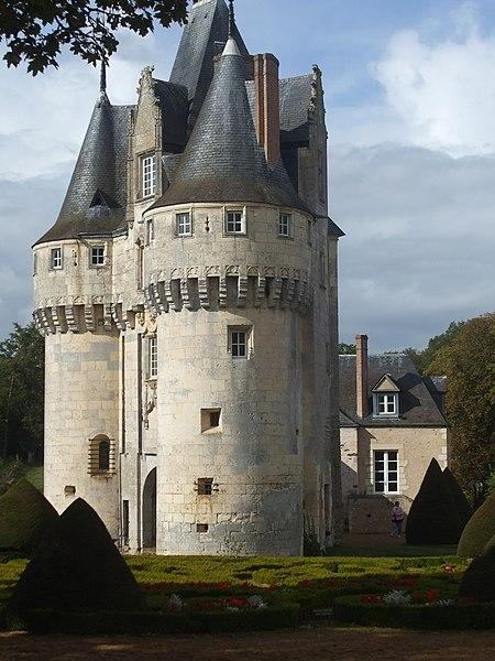 Photo du Monument Historique Château situé à Frazé