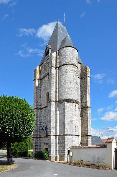 Photo du Monument Historique Tour de l'ancienne église dite Le Pilori situé à Lormaye