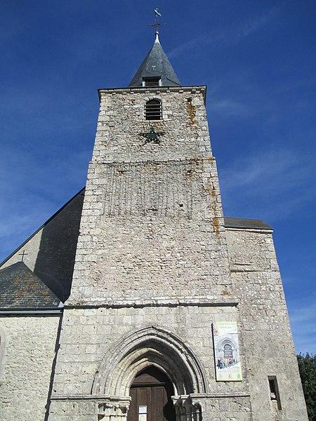 Photo du Monument Historique Eglise Saint-Denis situé à Prunay-le-Gillon
