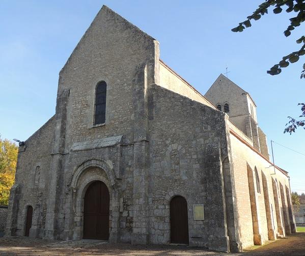 Photo du Monument Historique Eglise Saint-Etienne et Sainte-Madeleine situé à Puiset (Le)