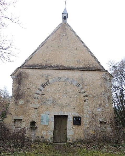 Photo du Monument Historique Ancienne église paroissiale de Saint-Hilaire des Noyers, actuelle chapelle Saint-Hilaire des Noyers situé à Saint-Denis-d'Authou