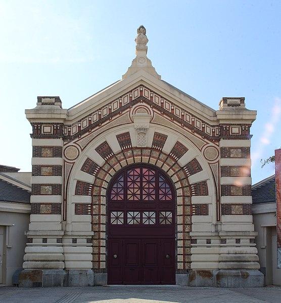 Photo du Monument Historique Ancien arsenal des pompiers situé à Dreux