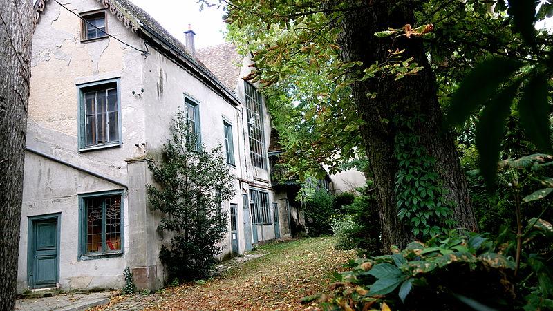 Photo du Monument Historique Ateliers de fabrication de vitraux, dits Ateliers Lorin situé à Chartres