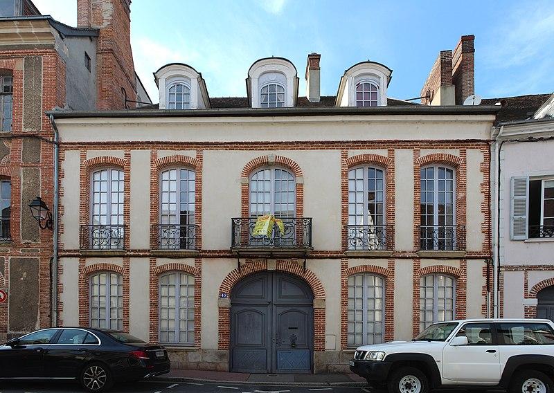 Photo du Monument Historique Hôtel de Salvat-Duhalde situé à Dreux