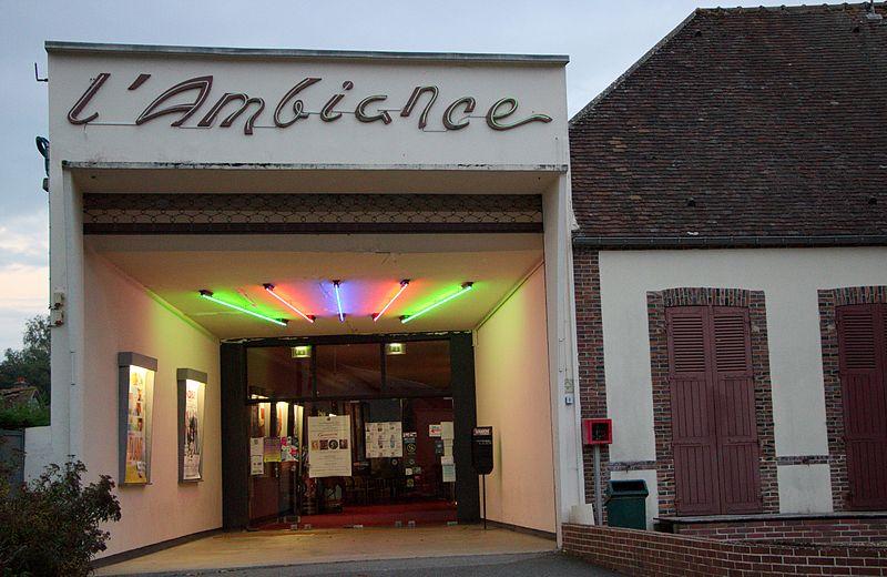 Photo du Monument Historique Cinéma l'Ambiance situé à Senonches