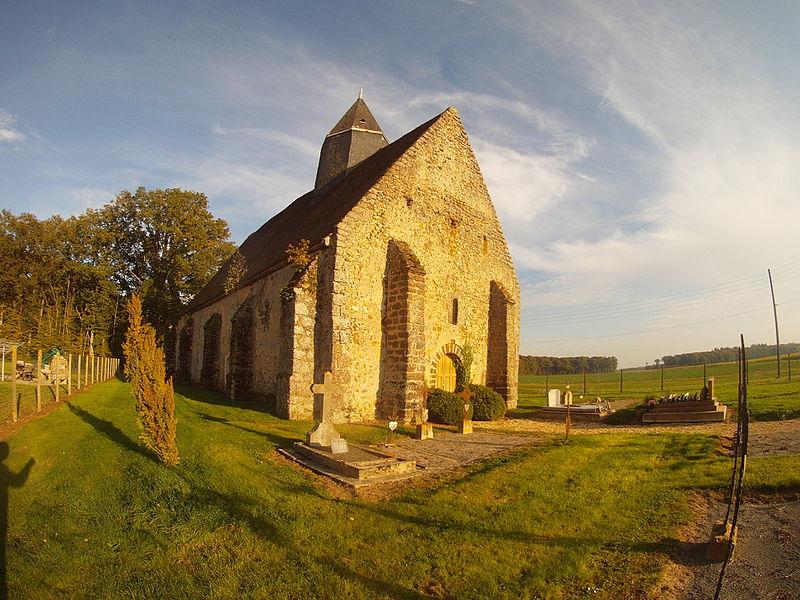 Photo du Monument Historique Eglise Saint-Pierre situé à Les Corvées-les-Yys