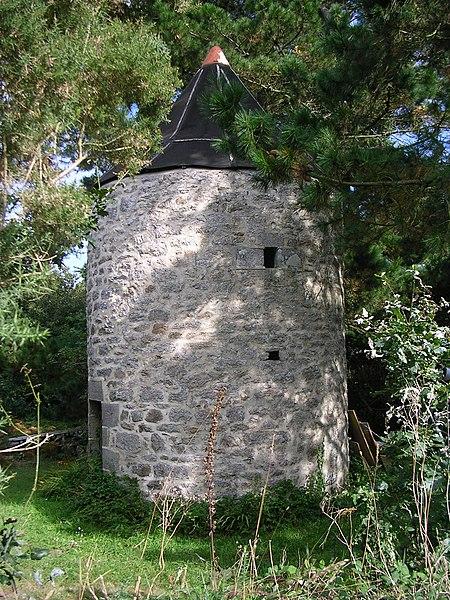 Photo du Monument Historique Moulin à vent de Kérouan situé à Beuzec-Cap-Sizun