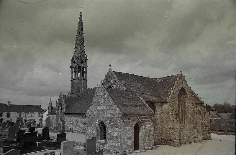 Photo du Monument Historique Eglise Notre-Dame situé à Brennilis